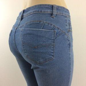 d. jeans 6 Skinny Stretch Lt./Med. Blue Wash